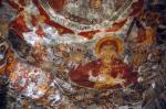 Kilisenin içinde yer alan freskler
