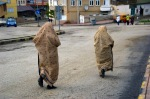 Ehram giymiş Bayburt'lu hanımlar