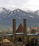 Erzurum Kalesinden Çifte Minareli Medrese ve Palandöken