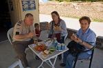 Murat'ın dükkanında öğle yemeği molası
