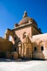 İshakpaşa Sarayı ikinci avlu türbe ve cami