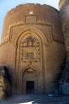 Hoşap Kalesi Giriş Burcu ve İç Kale Kapısı