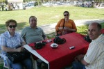Tatvan'da çay bahçesindeyiz. Sağ başta Nevzat Bey.