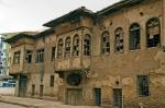 Onarım için yalvaran tarihi Malatya Evleri.